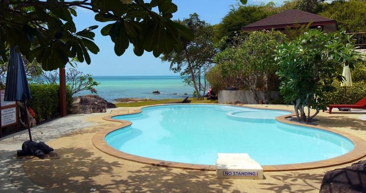 Beachfront 3 Bedroom Sea View Villa on Laem Yai Bay-19
