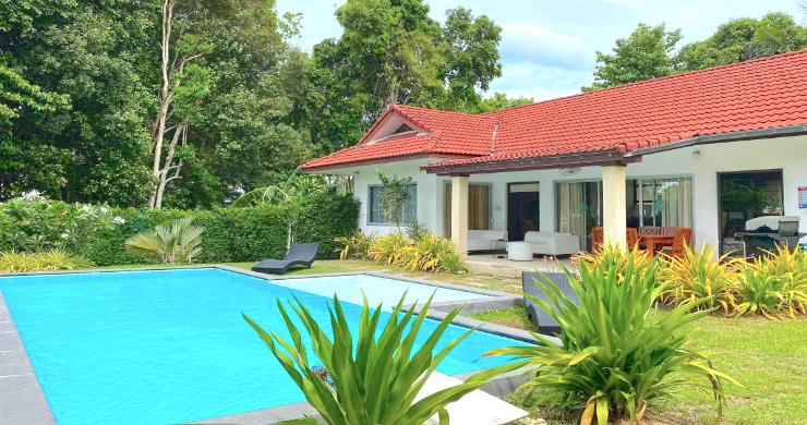 Tropical 2 Bedroom Pool Villa for Sale in Bangrak-1