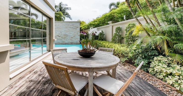 Stylish 3 Bed Beachside Pool Villa in Phuket-13