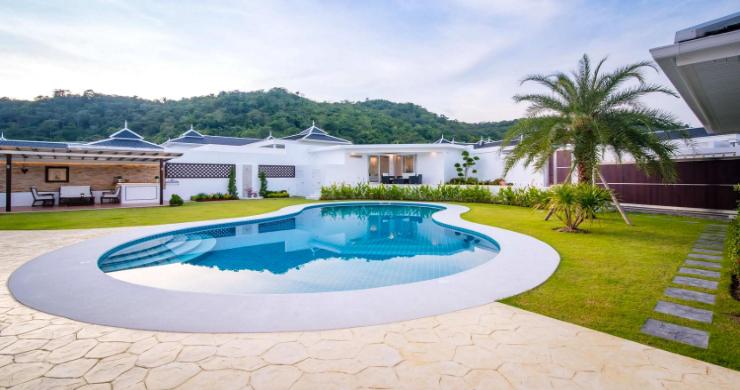 hua-hin-luxury-villas-for-sale-5-bed-2
