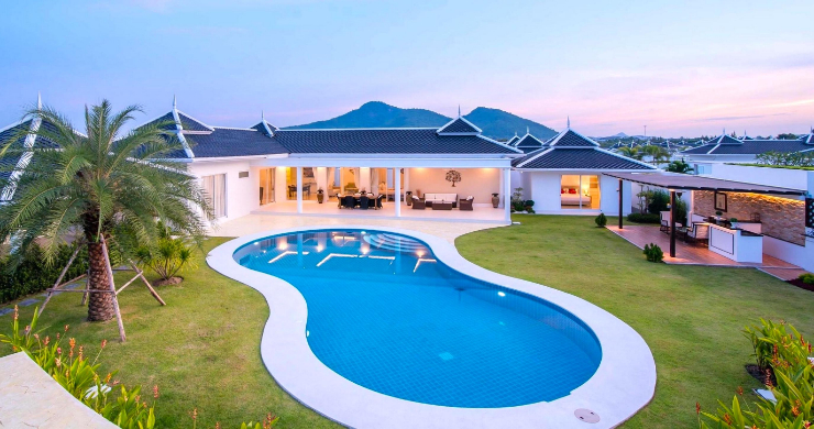 hua-hin-luxury-villas-for-sale-5-bed-1