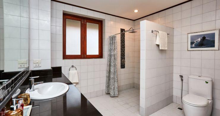 Exclusive 4 Bedroom Tropical Pool Villa in Plai Laem-17