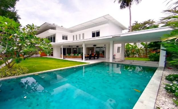 Luxury Pool Villa with Cinema Room in Chaweng Noi