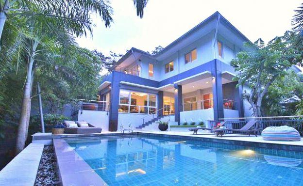 Large Modern 6 Bedroom Pool Villa in Peaceful Maenam