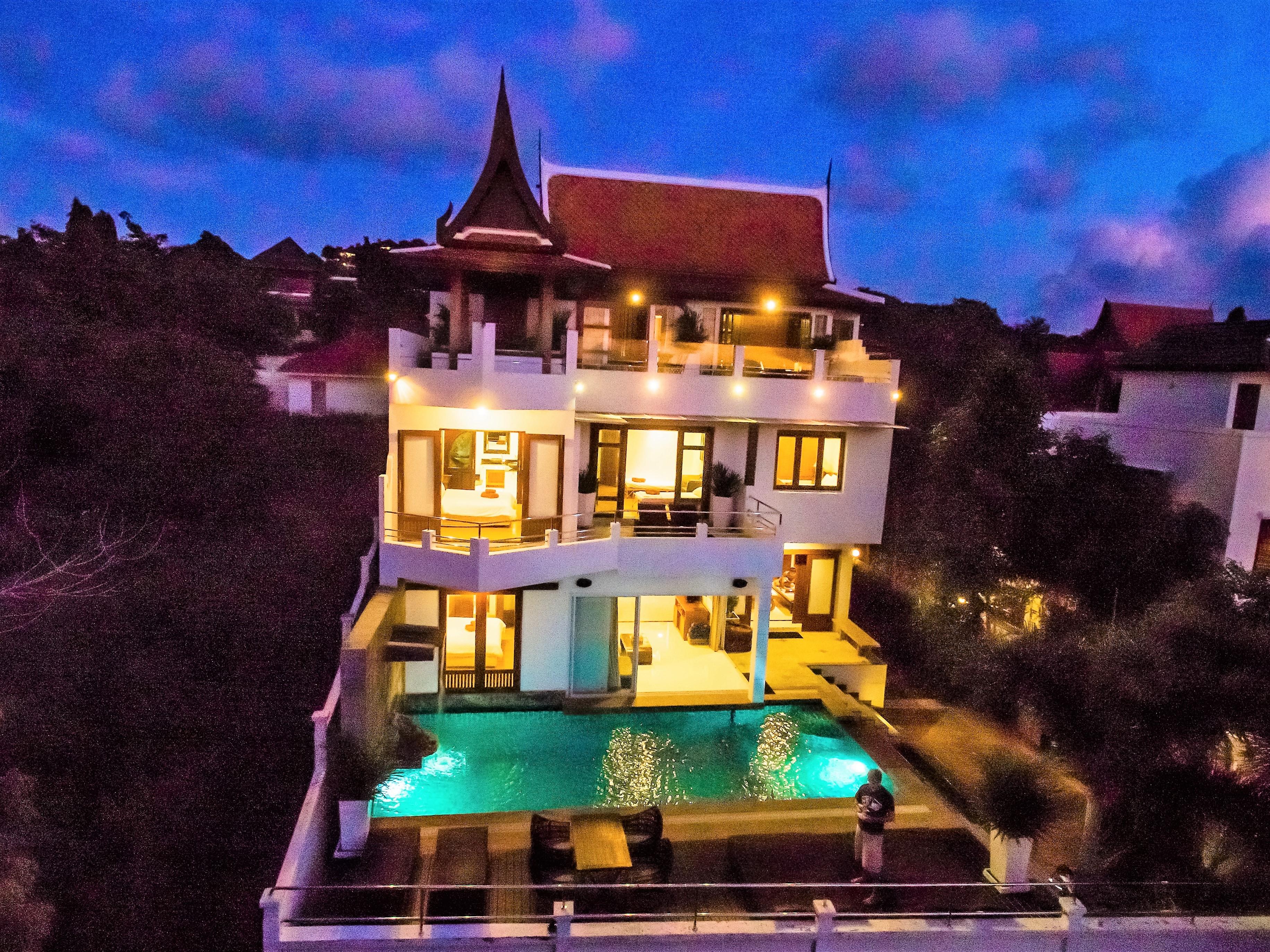Unique Sunset Sea-view 6 Bedroom Villa on Bangrak-9