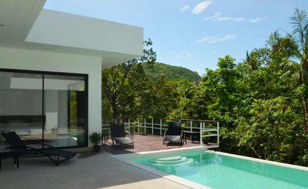 Modern 3 Bedroom Pool Villa For Sale in Bangrak
