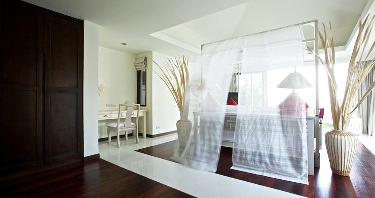 Beachfront 4-Bedroom Boutique Villa Estate in Bophut-16