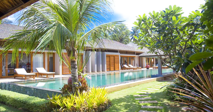 Glorious 6 Bedroom Beachfront Gem of Villa in Lipa Noi-14