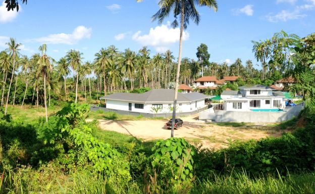 Peaceful Plots of Land by Golf Course in Maenam