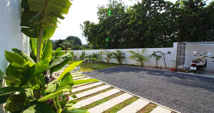 Modern Minimal 3 Bedroom Pool Villa in Plai Laem-19