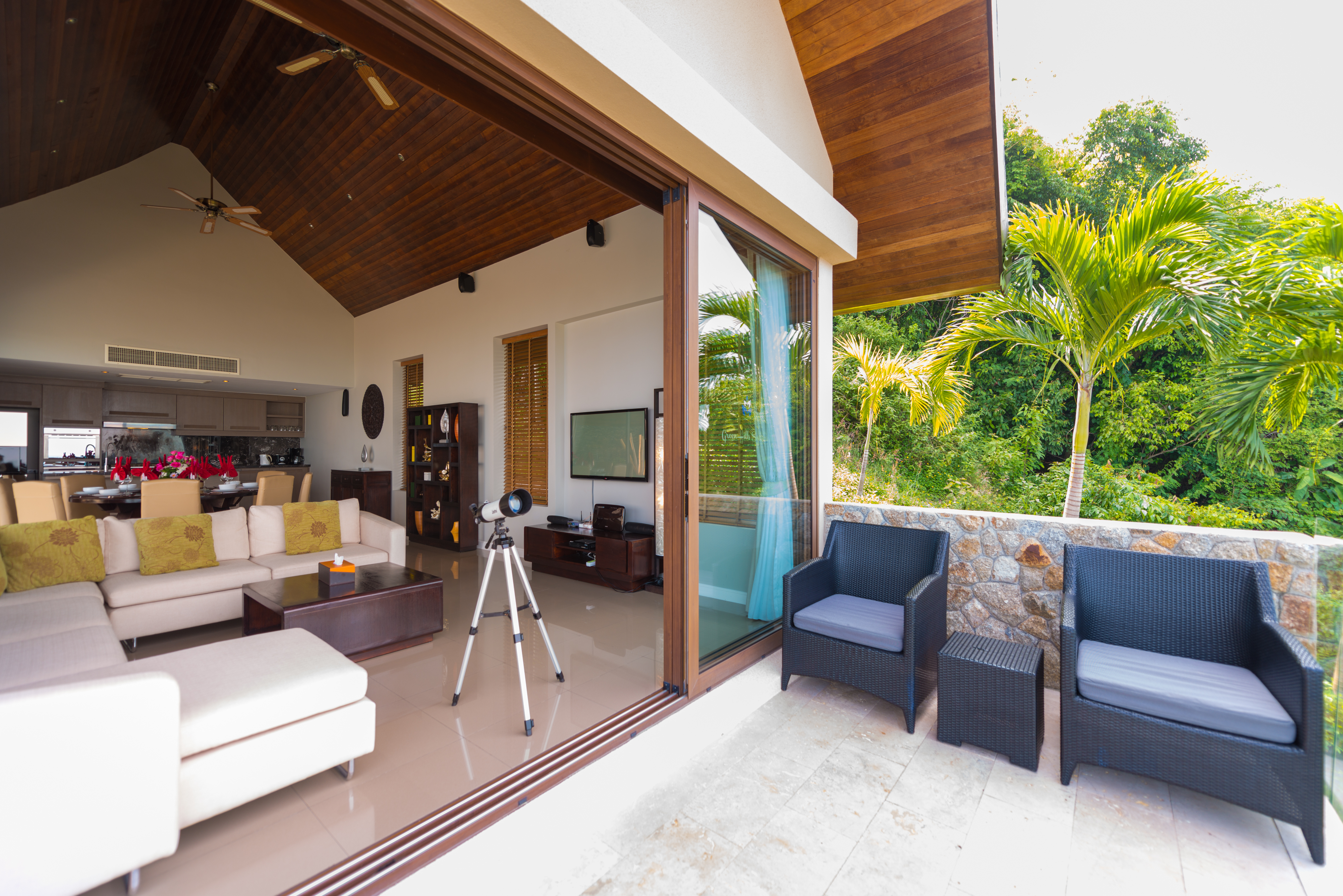 Beautiful 4 Bedroom Luxury Sea View Villa in Chaweng-7
