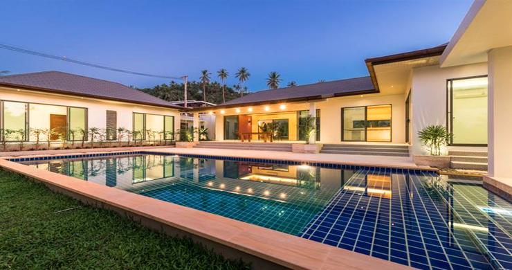Luxury 3 Bedroom Bali Design Pool Villa in Maenam-16