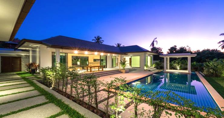 Luxury 3 Bedroom Bali Design Pool Villa in Maenam-19