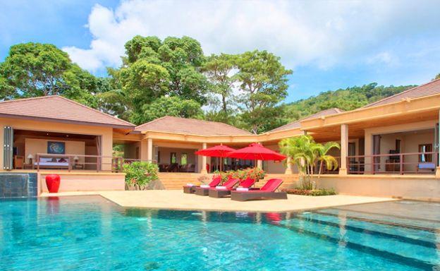 Beautiful Bali Style Luxury Sea View Villa in Bang Por