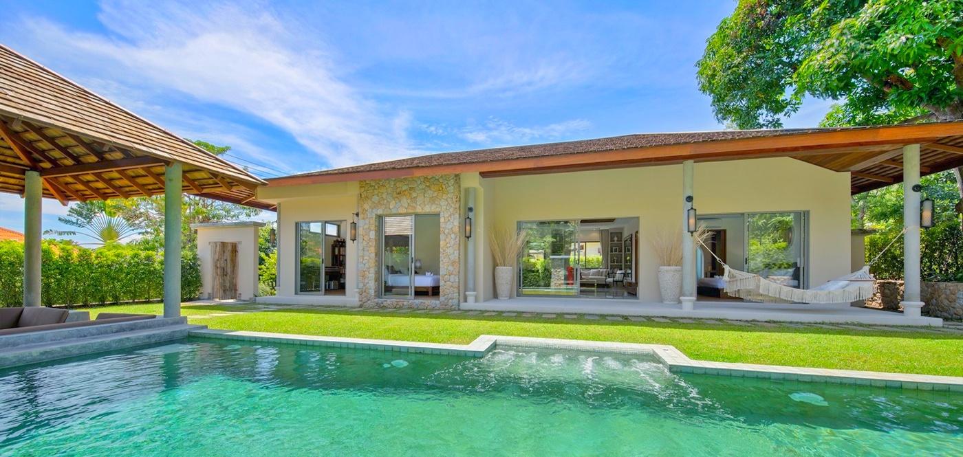 Beautiful 3 Bedroom Luxury Bali Pool Villa in Bangrak-1