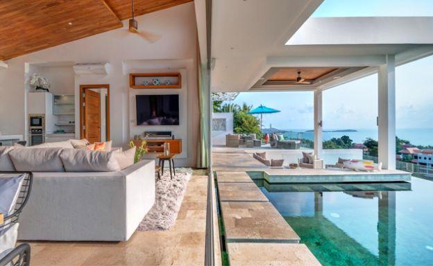 Ultra Modern 6 Bedroom Sea View Villa in Chaweng Noi