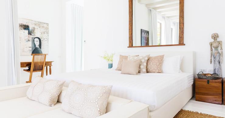 Contemporary 6 Bedroom Beach Front Villa in Laem Sor-11