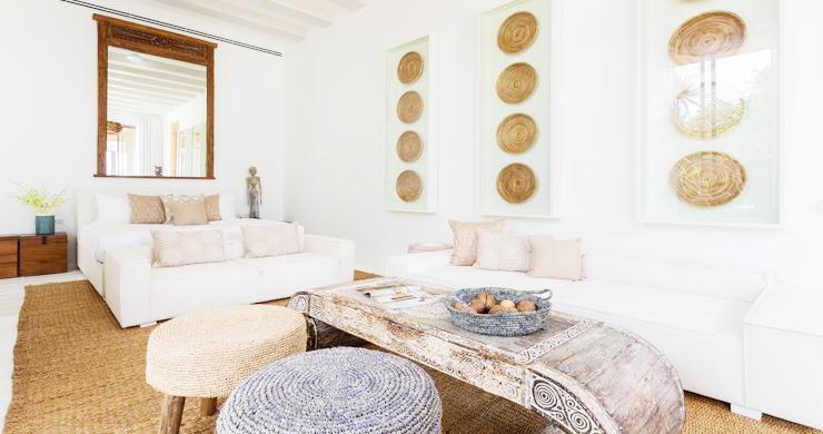 Contemporary 6 Bedroom Beach Front Villa in Laem Sor-8