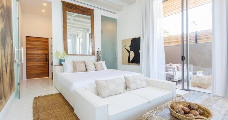 Contemporary 6 Bedroom Beach Front Villa in Laem Sor-10