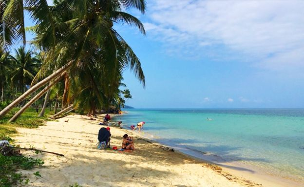 Pristine beach Front Land for Sale in Maenam