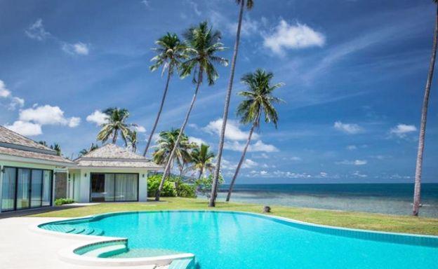 Serene 4 Bedroom Beachfront Luxury Villa in Laem Sor