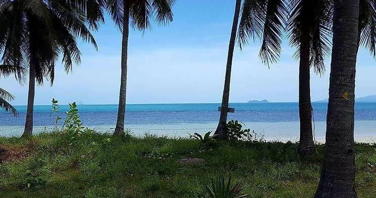 Prime Beachfront Land for Sale in Maenam-3