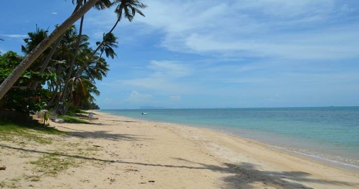 Prime Beachfront Land for Sale in Maenam-1